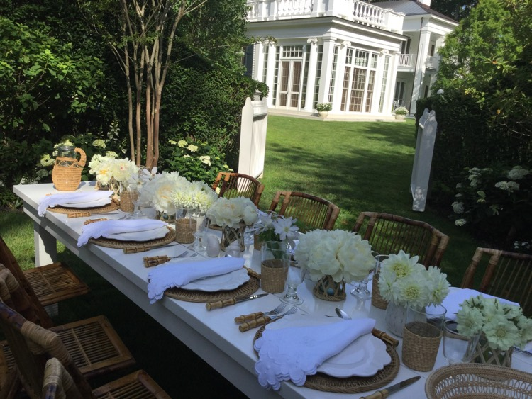 ... outdoor dinner table setting design & Bridgehampton Florist | Hamptons Flowers u0026 Floral Arrangements for ...