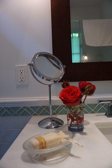 bath floral arrangement
