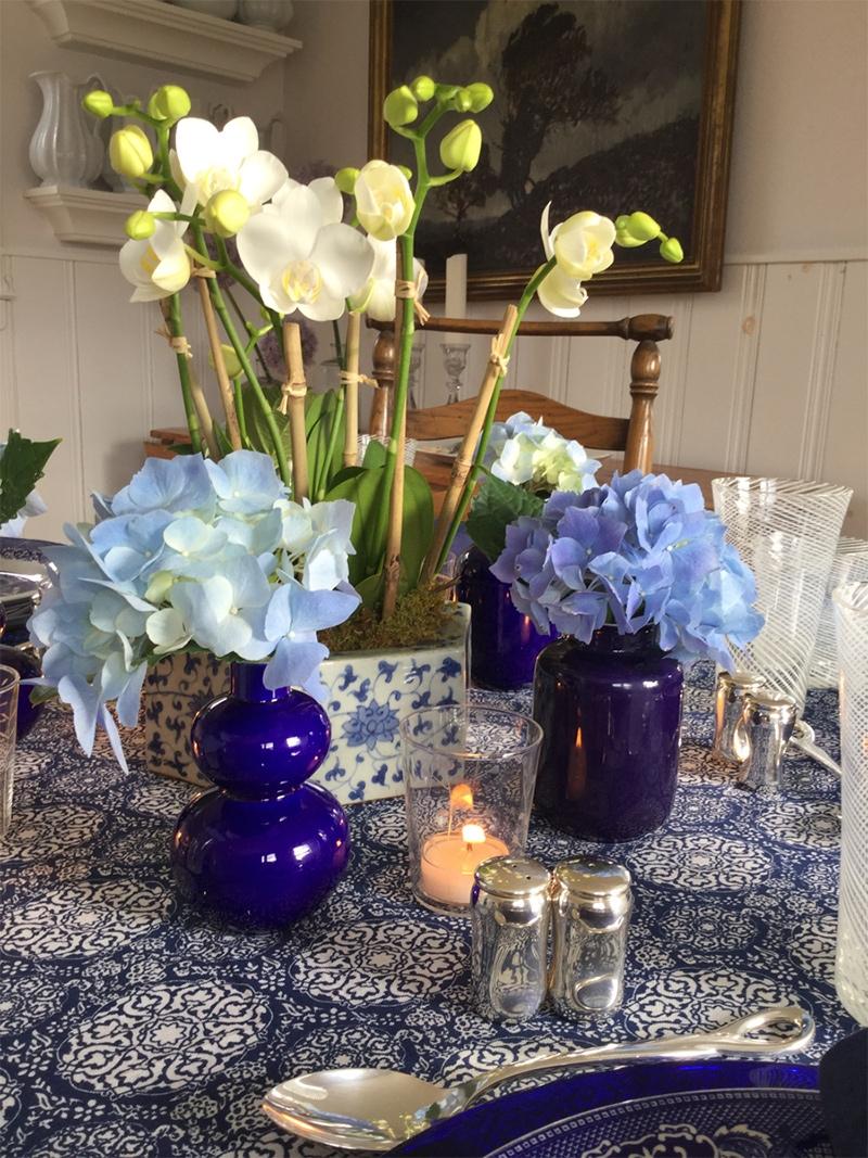 vase-blue-tableset1